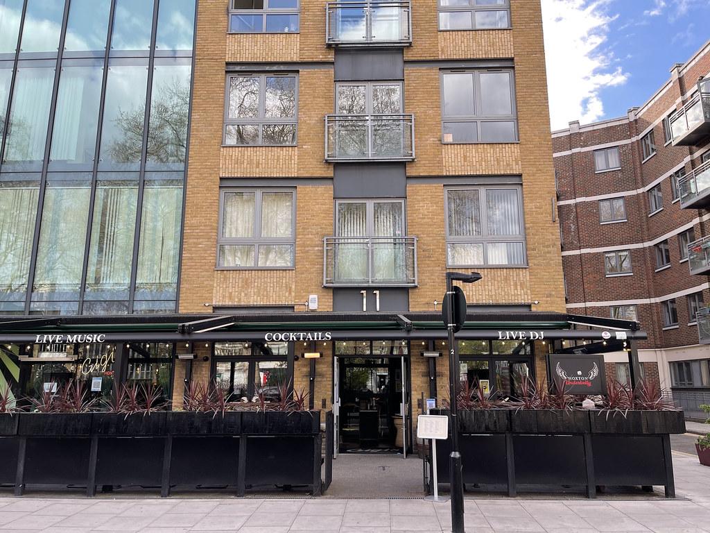 IMG_2953 Hoxton Square Shoreditch London Gigi Bar COVID-19 Coronavirus Outdoor Drinking and Dining