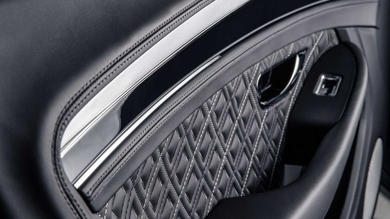 bentley-continental-gt-v8-equinox-edition-door-panel