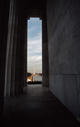 Washington Monument seen from the Lincoln Memorial (1)