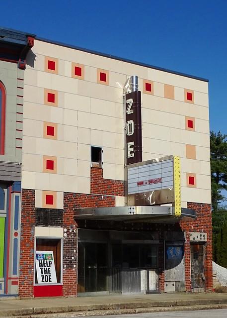 IL, Pittsfield-Zoe Theater