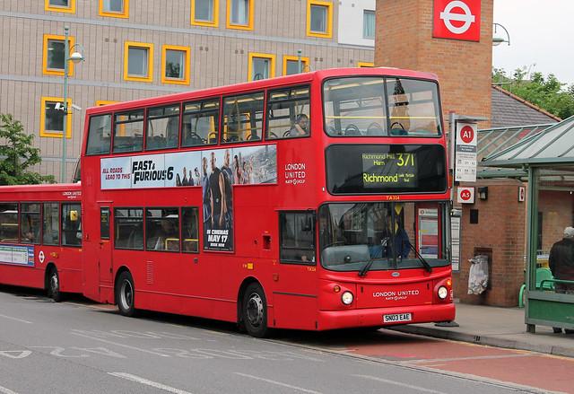 Route 371, London United, TA324, SN03EAE
