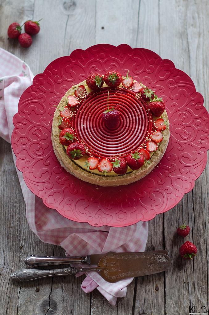 torta tourbillon alle fragole