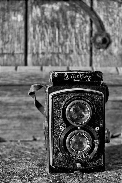 Vintage Camera - Rolleiflex K2