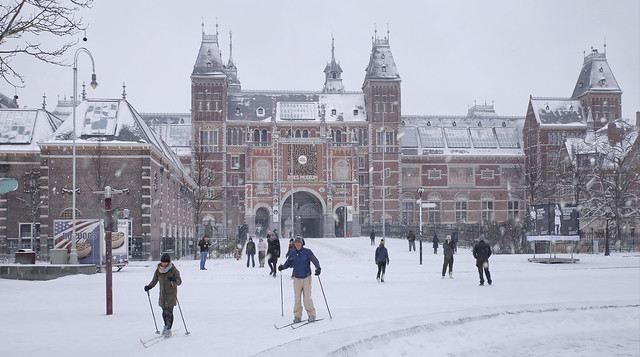 Practicing winter sports at the Rijksmuseum