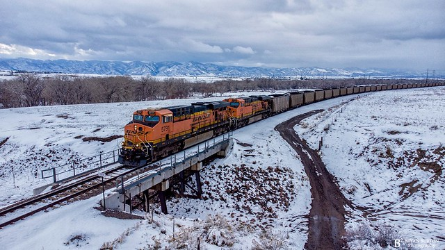 BNSF 5791 leads this SB coal train on the Joint Line after a spring snow, 4/16/21.