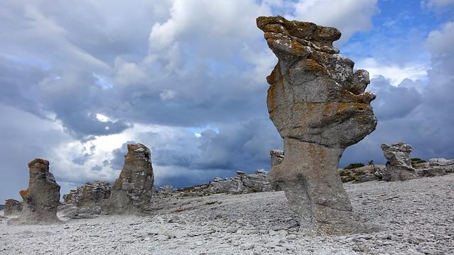 Schweden/Gotland - Raukar auf der Insel/on the island/på ön Fårö