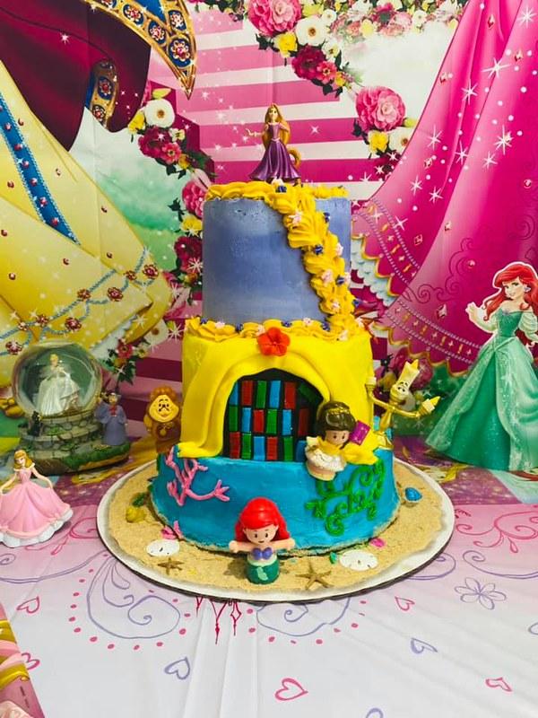 Disney Princess Cake by Hannah's Sweet Treats