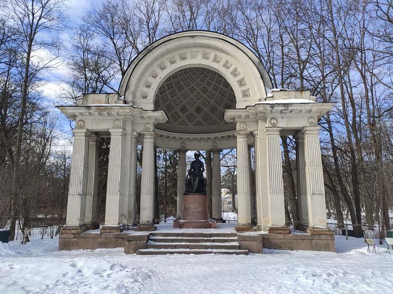 Павловск - Павильон Росси