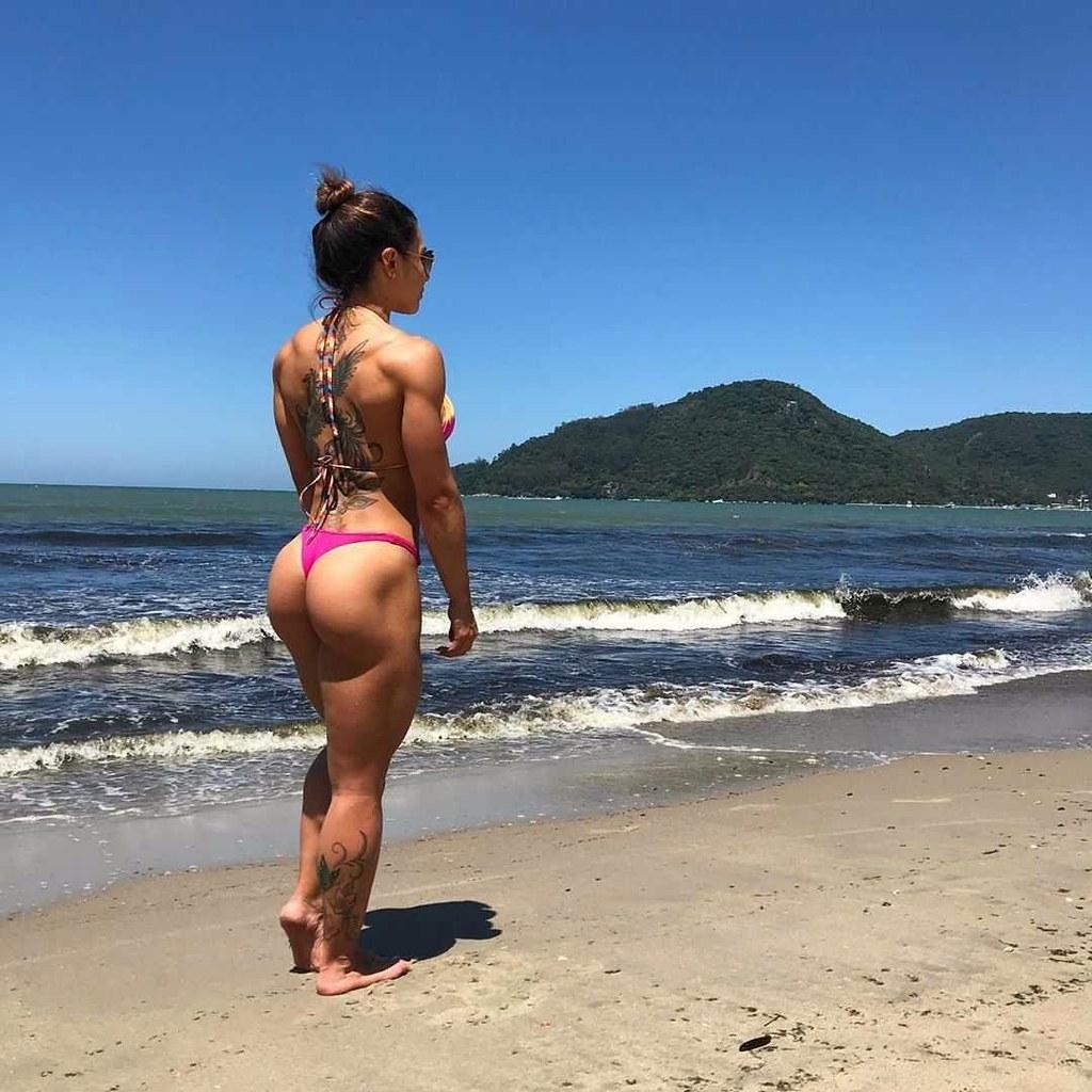 Carolina Dluzniewski 🏆2x Campeã wellness 2019