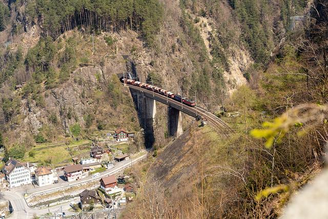 Chärstelenbachbrücke: Heavy duty (1/3)