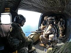 El Batallón de Helicópteros de Maniobra VI #bhelma_vi ha realizado una nueva colaboración con la Unidad de Seguridad  de Canarias (USCAN) de la @Armada_esp