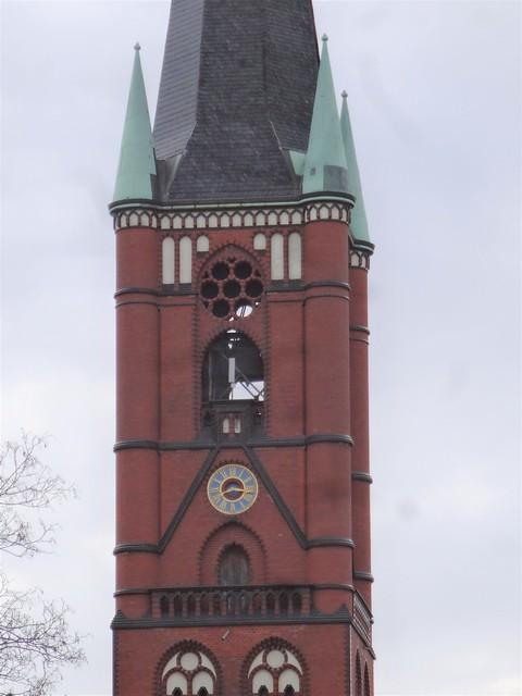 1891/94 Berlin Kirchturmuhr an neogotischer evangelischer Samariterkirche von Geheimen Hofbaurat Gotthilf Ludwig Möckel Samariterplatz in 10247 Friedrichshain