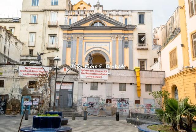 Napoli (NA), 2021, Largo Montecalvario e Chiesa di Santa Maria della Mercede..