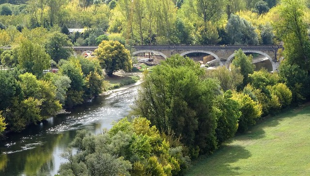 Beynac. (Aquitaine)  Pont sobre el riu Dordonya