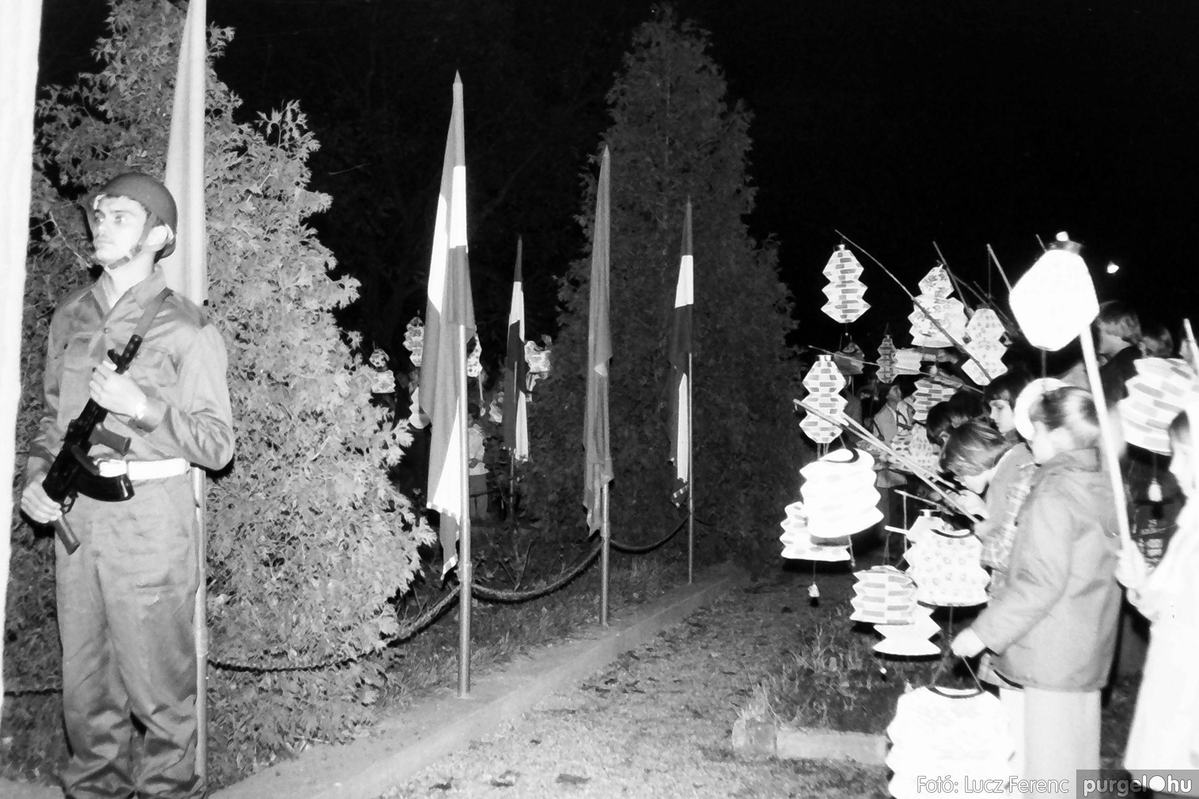094. 1977.11.07. November 7-i ünnepség 010. - Fotó: Lucz Ferenc.jpg