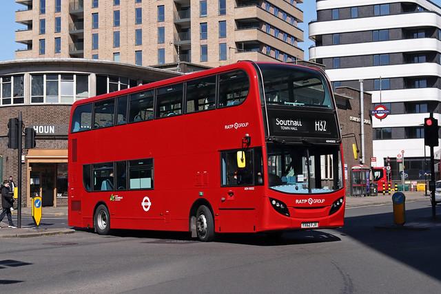 Route H32, London United, ADH45032, YX62FJV