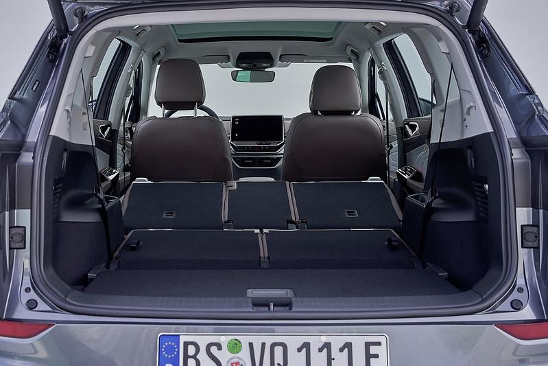 2022-VW-ID6-Crozz-X-4