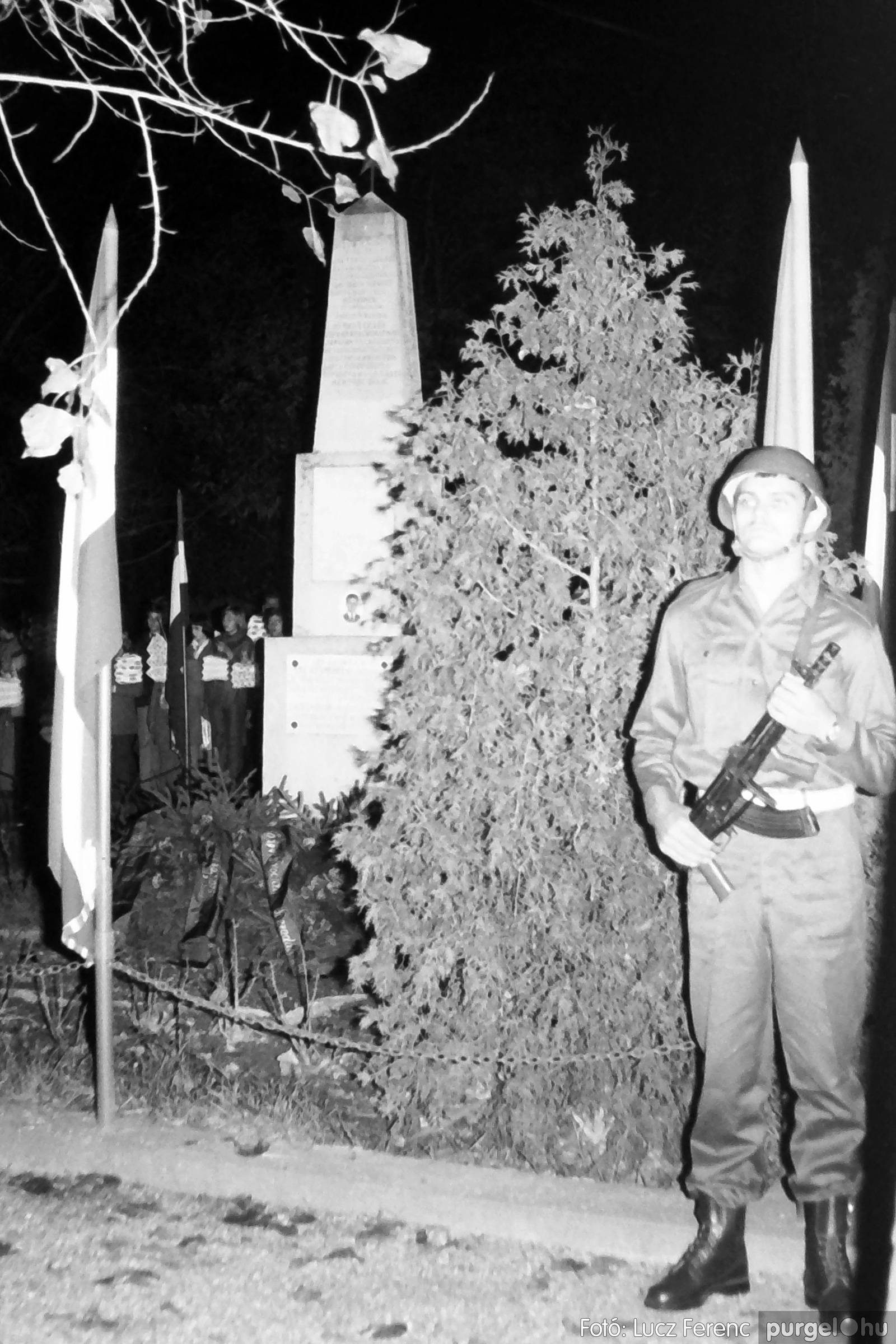 094. 1977.11.07. November 7-i ünnepség 011. - Fotó: Lucz Ferenc.jpg
