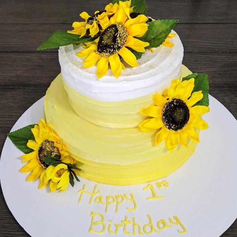 Cake by Britt's Sweet Treats