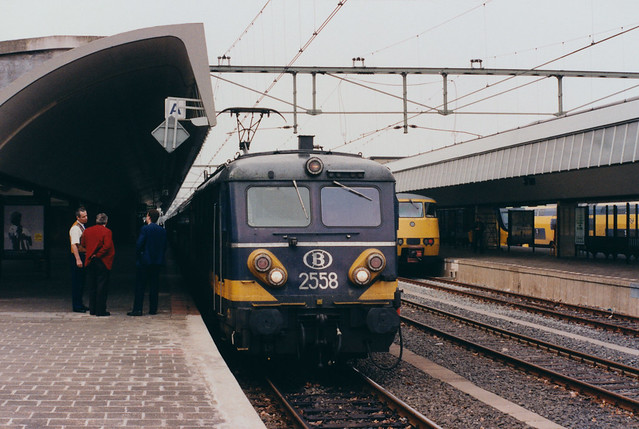 NMBS 2558 in Rotterdam - 7 april 1996