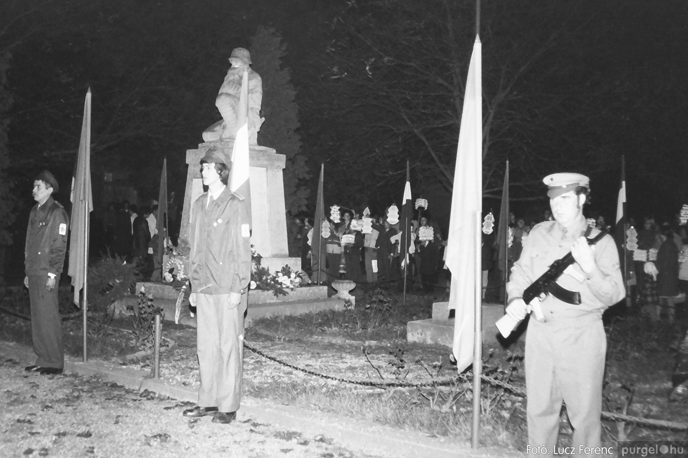 094. 1977.11.07. November 7-i ünnepség 012. - Fotó: Lucz Ferenc.jpg