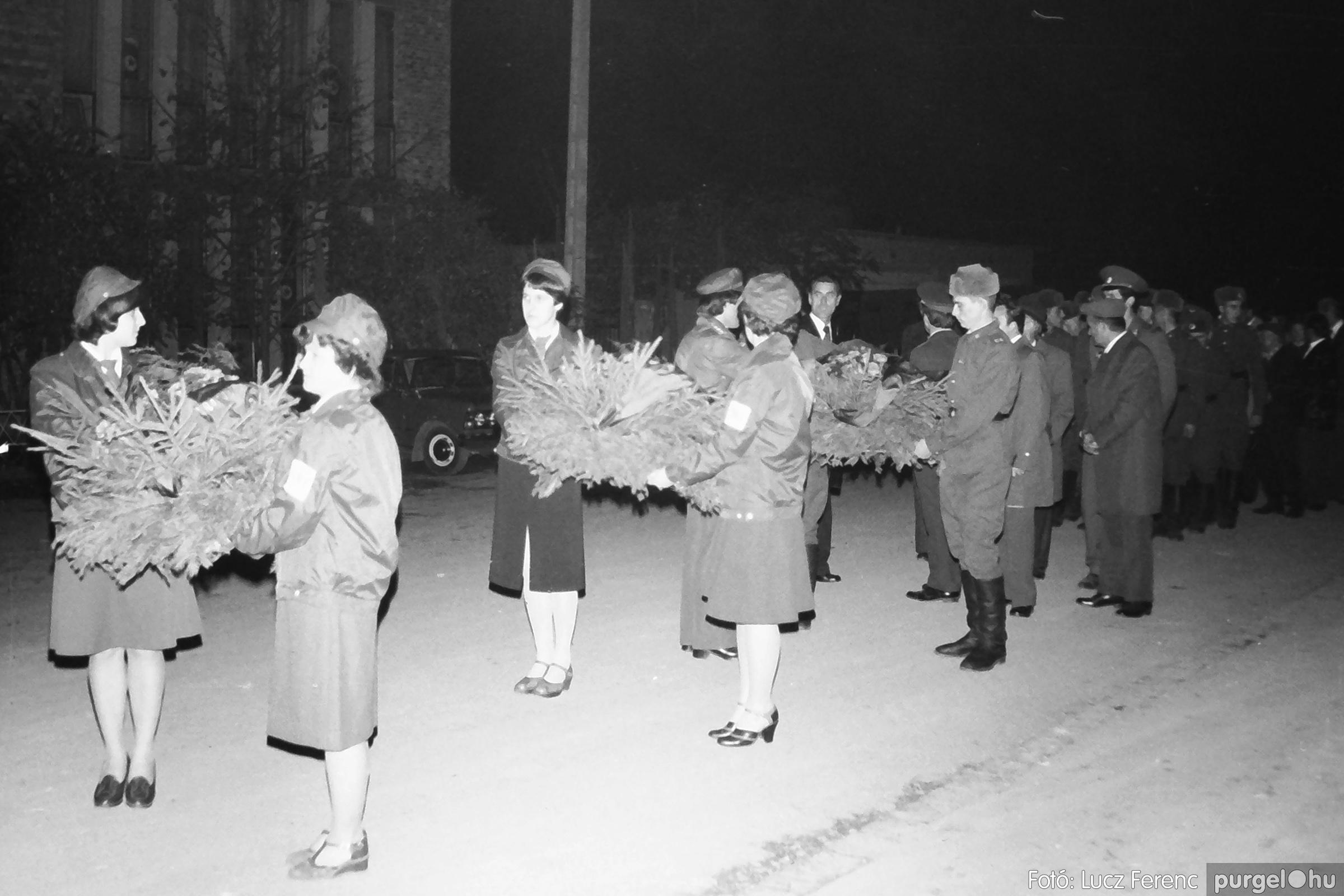 094. 1977.11.07. November 7-i ünnepség 001. - Fotó: Lucz Ferenc.jpg