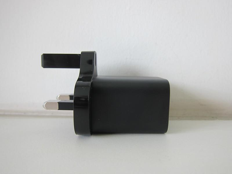 Baseus 20W USB-C PD Charger - Side