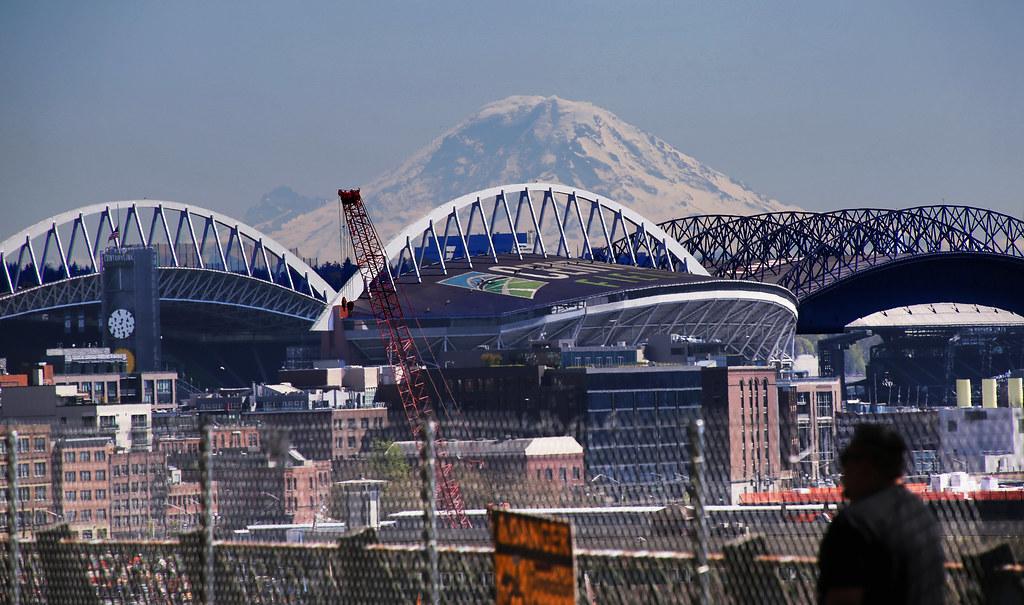 Mt Rainier and Stadia