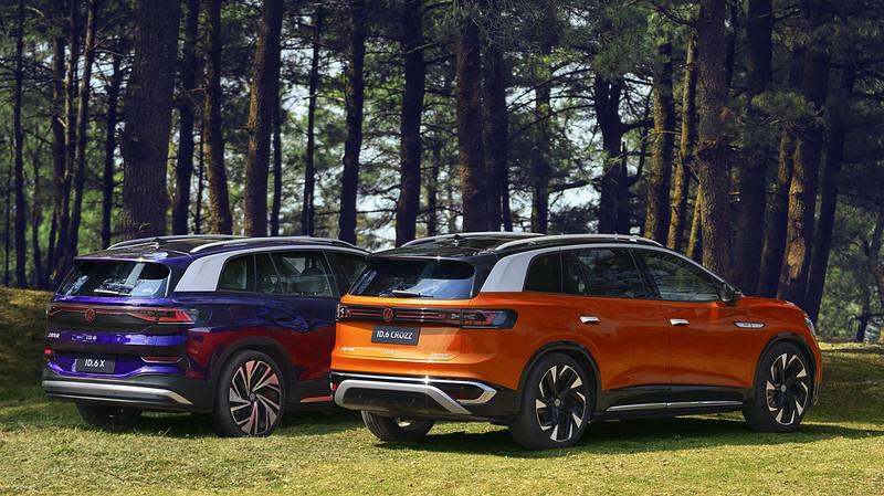 2022-Volkswagen-ID.6-5
