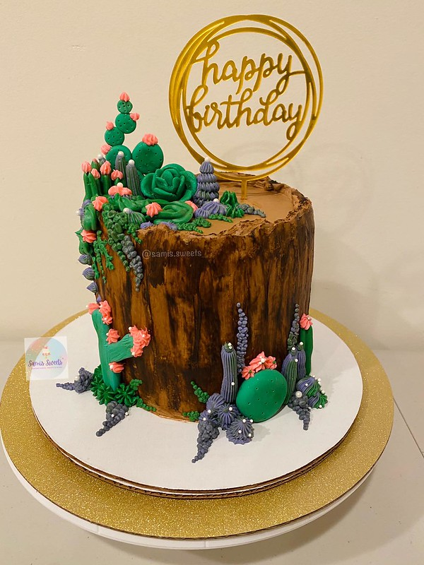 Cake by Sami's Sweets