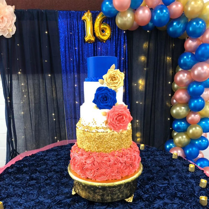 Cake by Cakes and Cupcakes