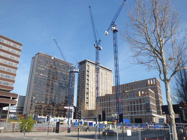 Three cranes at Exchange Square phase 2