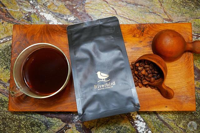 RiverBird江鳥咖啡