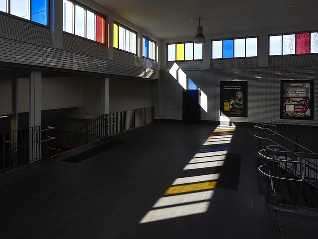 The Mondrian station