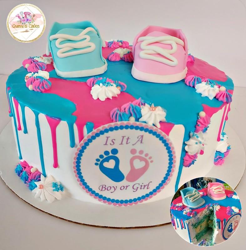 Cake by Gunu's Cake