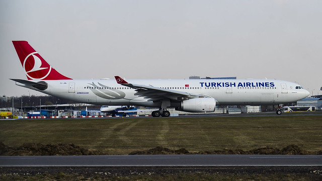 TC-JNL TURKISH AIRLINES AIRBUS A330-300