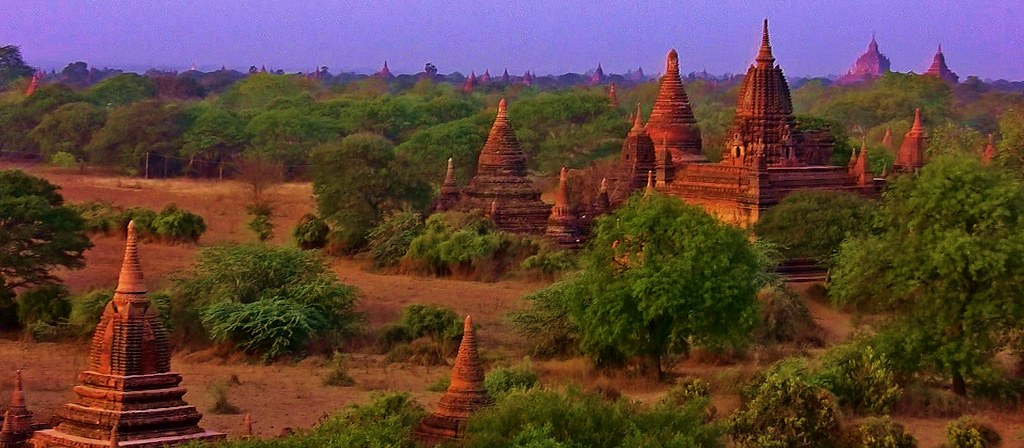MYANMAR ,Burma - Old-Bagan, Sonnenuntergang mit Blick von der imposanten Shwesandaw-Pagode(Tempel), 78306/13586