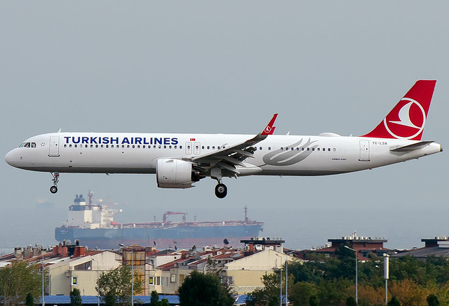 TC-LSA Turkish Airlines Airbus A321-271NX