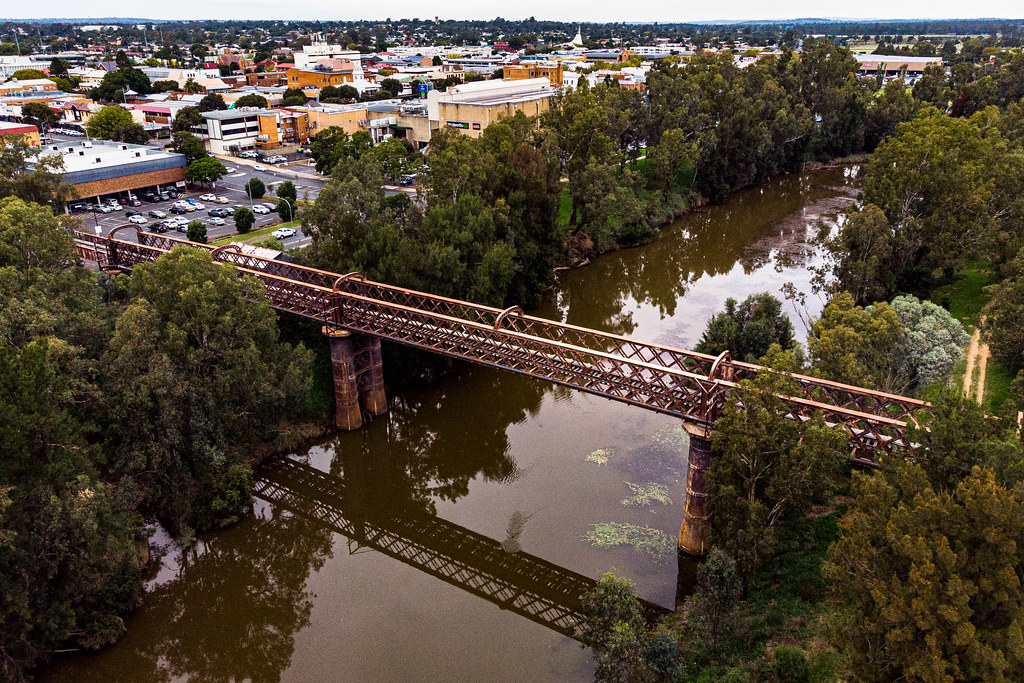 The Macquarie River Railway Bridge (Dubbo, Central West New South Wales)