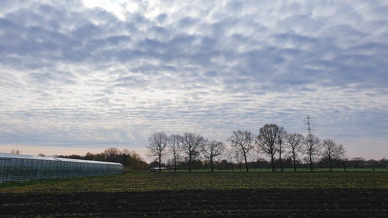 serre + wolken