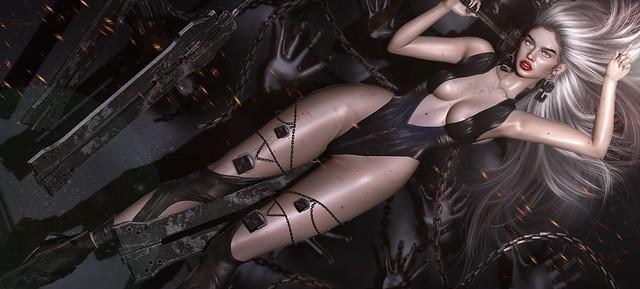 Lo peor de la peste no es que mata a los cuerpos, sino que desnuda las almas y ese espectáculo suele ser horroroso.