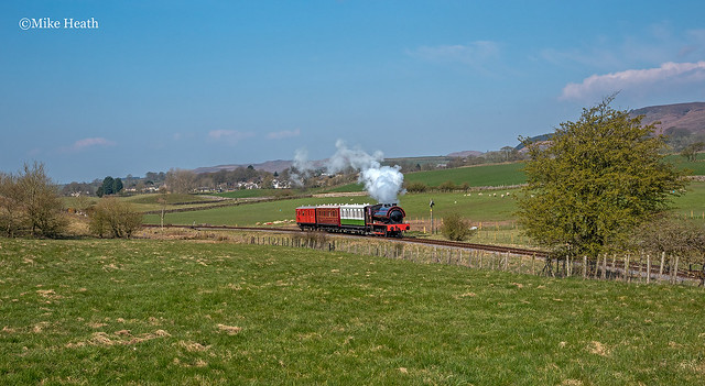 Embsay & Bolton Abbey Steam Railway - Vintage Trains- 17 April 2021