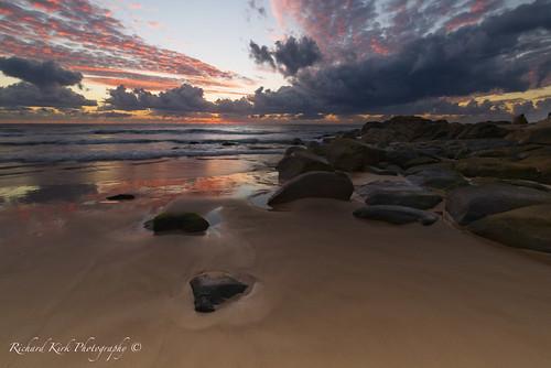 australia queensland coolum sunrise dawn landscape seascape rocks beach sand sea coast clouds sky