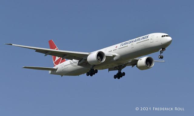 Turkish Airlines B777 ~ TC-JJO