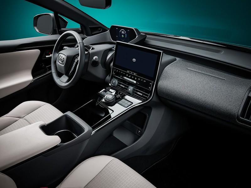 Toyota-bZ4X-Concept-9