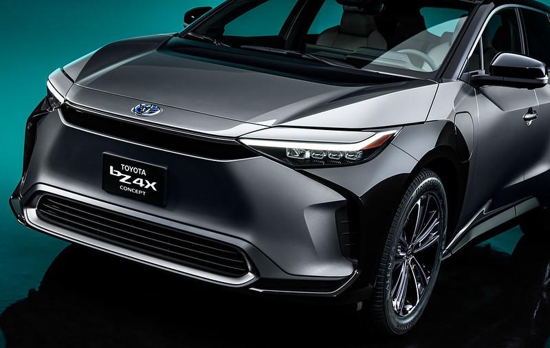Toyota-bZ4X-Concept-5