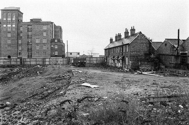 Former Limehouse Cut, Northey St, Narrow St, Limehouse, Tower Hamlets, 1990,
