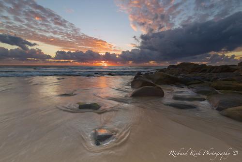 australia queensland coolum sun sunrise landscape seascape rocks beach sand sea sky clouds