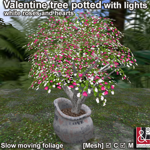 Valentine tree potted with lights