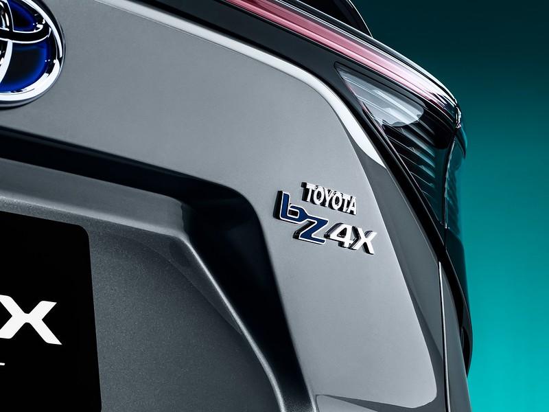 Toyota-bZ4X-Concept-7
